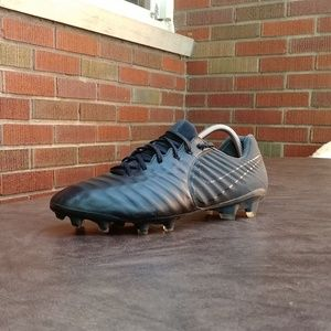 Nike Tiempo Legend 7 FG Soccer Cleats Shoes